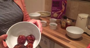 Jamie Oliver Energy Balls with Dates, Cocoa and Pumpkin Seeds