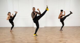 30-Minute Dance and Cardio Kickboxing Workout