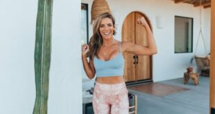 Join Katie Dunlop of Love Sweat Fitness for a LIVE 30-Minute Cardio and Barre Bootcamp Workout