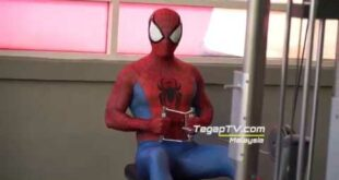 Spidey exercising at Celebrity Fitness Mid Valley, Kuala Lumpur